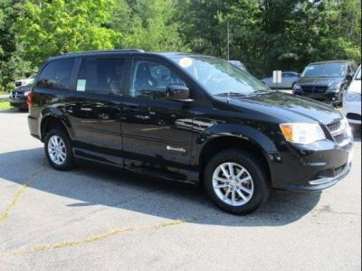 BLACK Dodge Grand Caravan image number 24