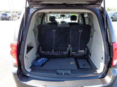 GRANITE CRYSTAL Dodge Grand Caravan image number 14