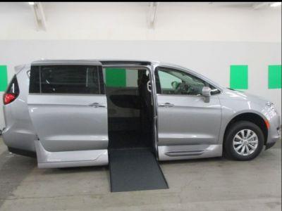 Wheelchair Van New 2019 Chrysler Pacifica Kr540326