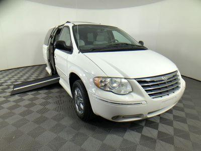 Handicap Van for Sale - 2005 Chrysler Town & Country Limited Wheelchair Accessible Van VIN: 2C8GP64L45R474238