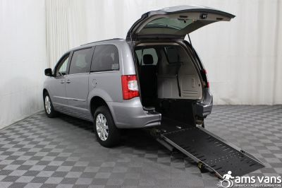 2013 Chrysler Town & Country Wheelchair Van For Sale -- Thumb #2