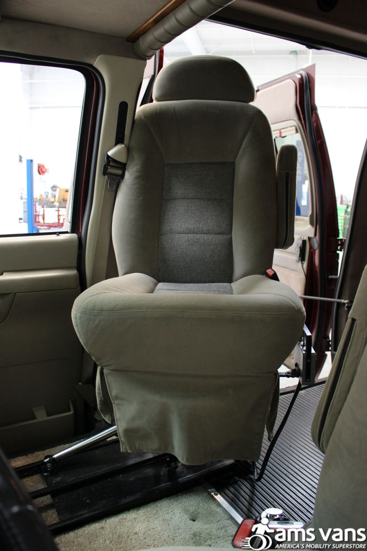 2005 Ford E-Series Chassis E-250 SD Wheelchair Van For Sale #9