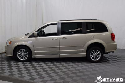 2013 Dodge Grand Caravan Wheelchair Van For Sale -- Thumb #14