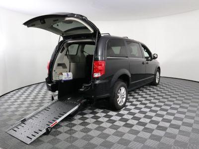 Commercial Wheelchair Vans for Sale - 2019 Dodge Grand Caravan SXT ADA Compliant Vehicle VIN: 2C4RDGCG6KR750962