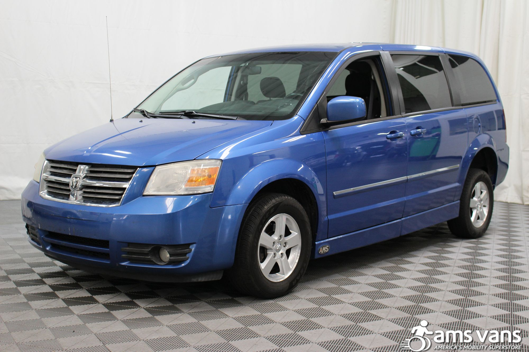 2008 Dodge Grand Caravan SXT Wheelchair Van For Sale #6