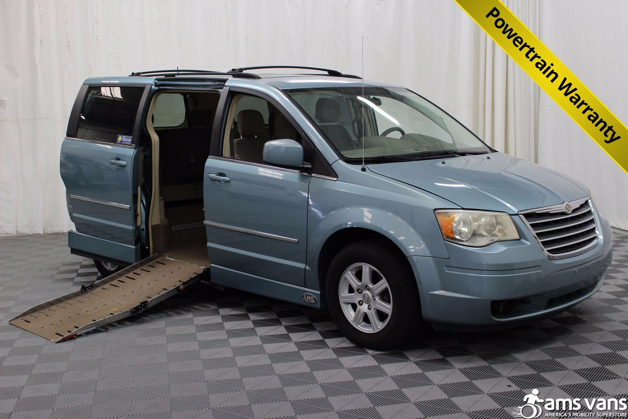 2010 Chrysler Town and Country Wheelchair Van For Sale #1