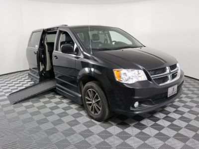 Used Wheelchair Van for Sale - 2017 Dodge Grand Caravan SXT Wheelchair Accessible Van VIN: 2C4RDGCG0HR853125