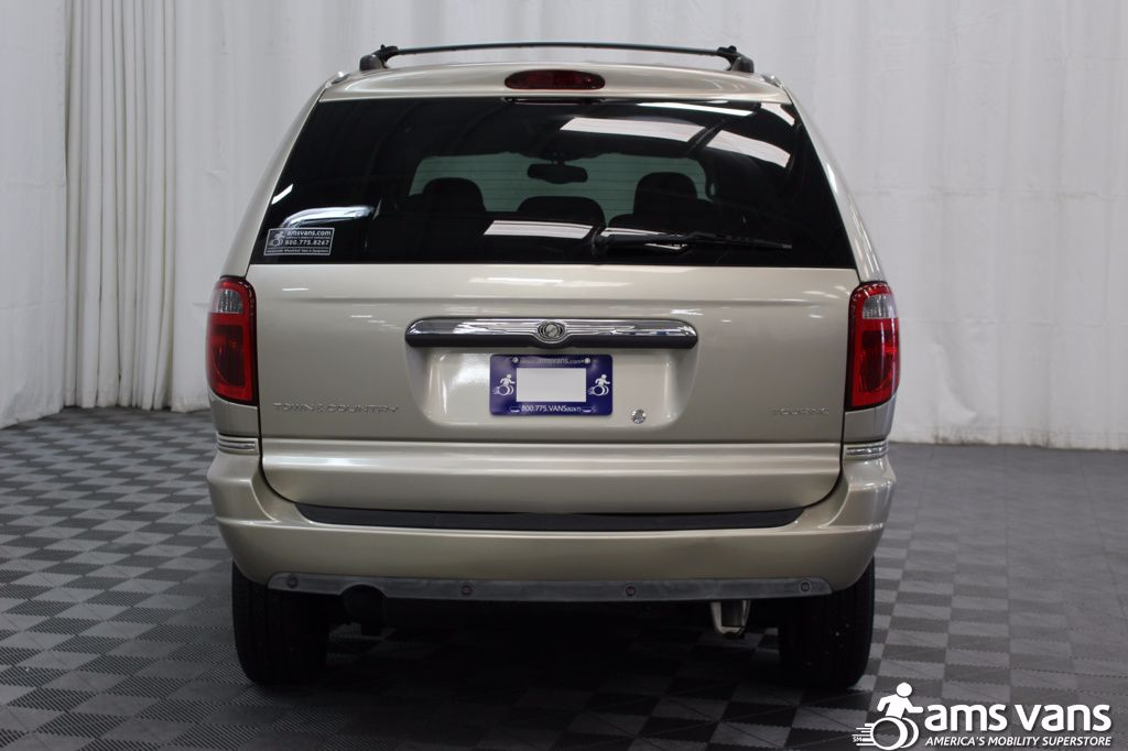 2005 Chrysler Town and Country Touring Wheelchair Van For Sale #15