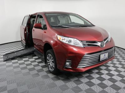 Handicap Van for Sale - 2019 Toyota Sienna XLE Wheelchair Accessible Van VIN: 5TDYZ3DC7KS017425