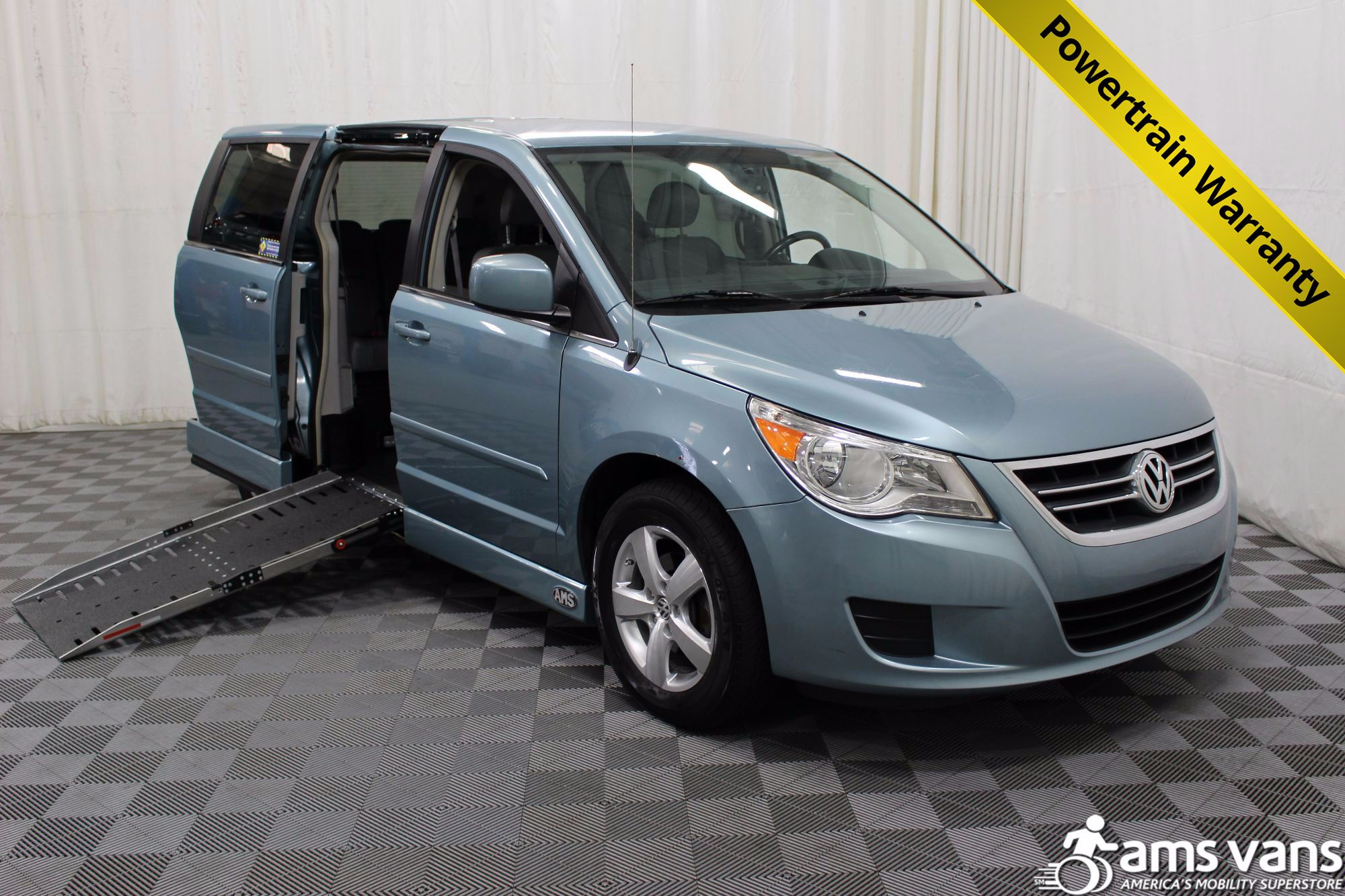 2010 Volkswagen Routan Wheelchair Van For Sale #1