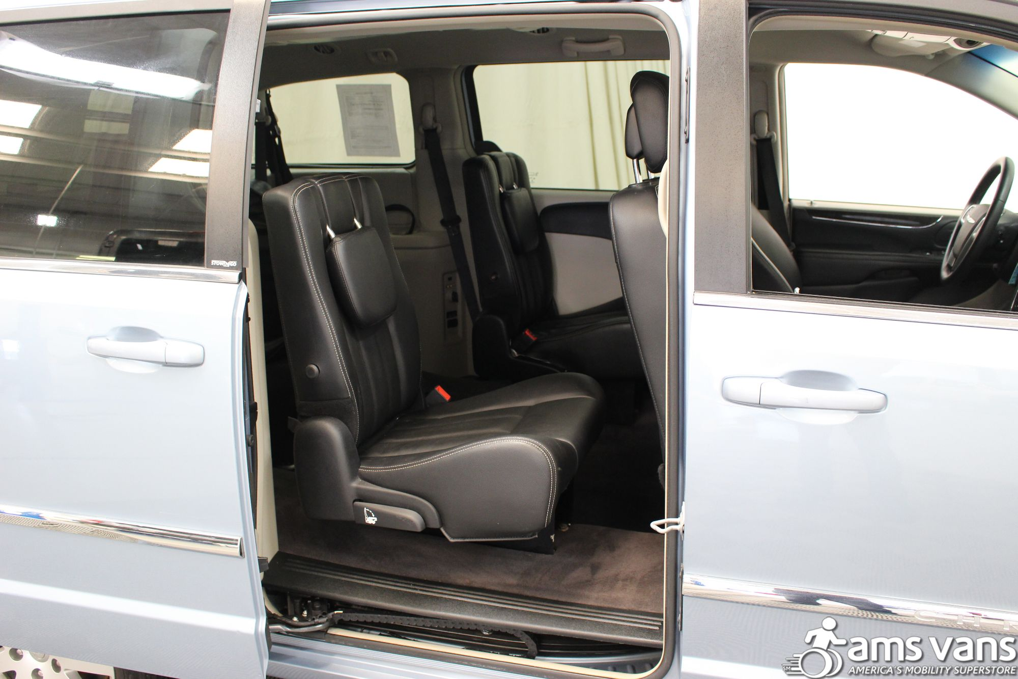 2013 Chrysler Town and Country Touring Wheelchair Van For Sale #8