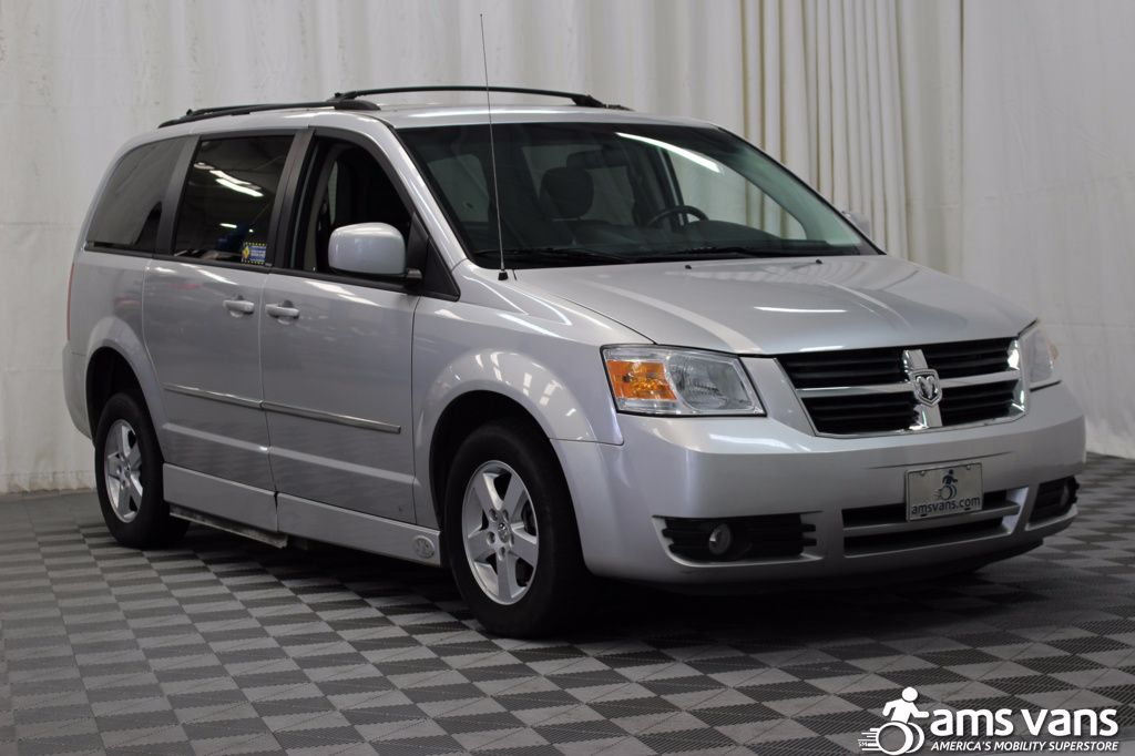 2010 Dodge Grand Caravan SXT Wheelchair Van For Sale #7