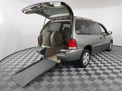 Used Wheelchair Van for Sale - 2005 Ford Freestar SE Wheelchair Accessible Van VIN: 2FMZA51605BA56378
