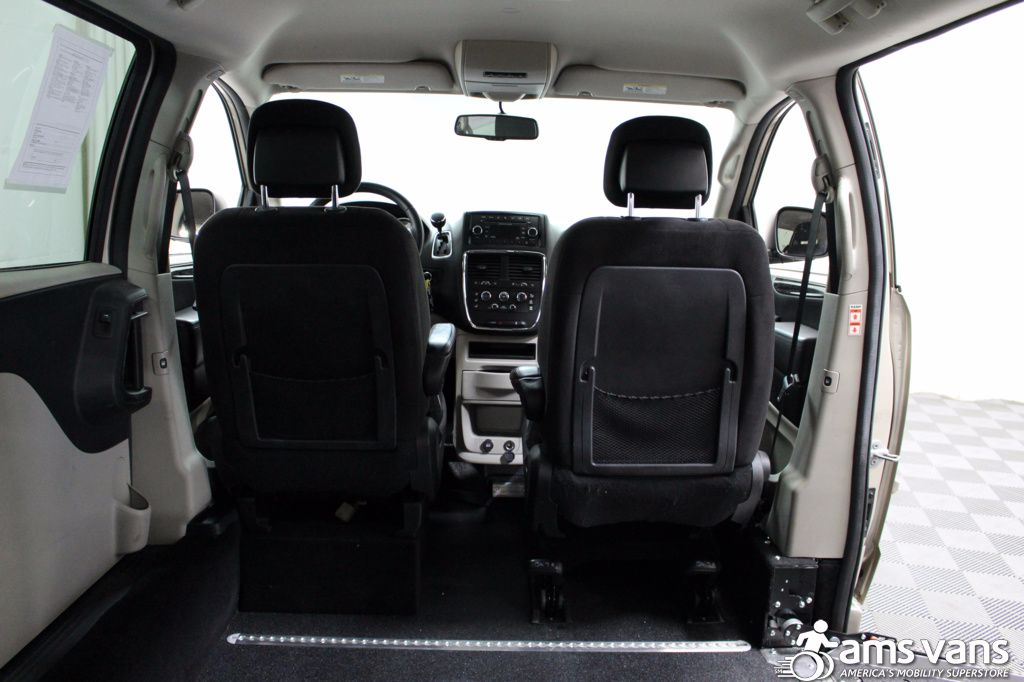 2013 Dodge Grand Caravan SXT Wheelchair Van For Sale #5