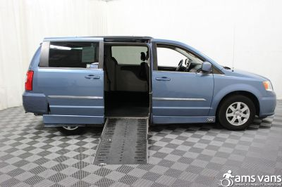 2012 Chrysler Town and Country Wheelchair Van For Sale -- Thumb #3