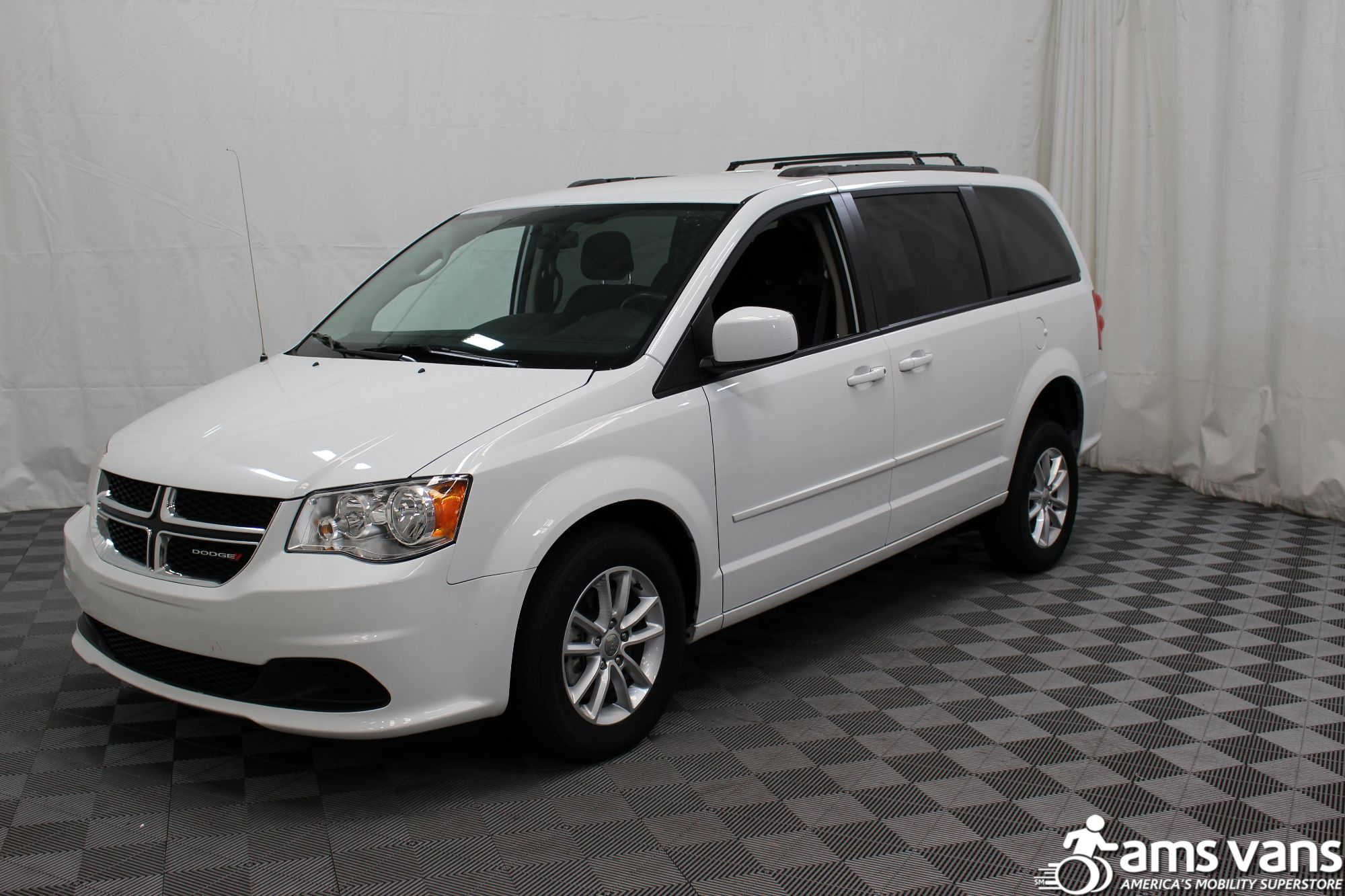 2015 Dodge Grand Caravan SXT Wheelchair Van For Sale #11