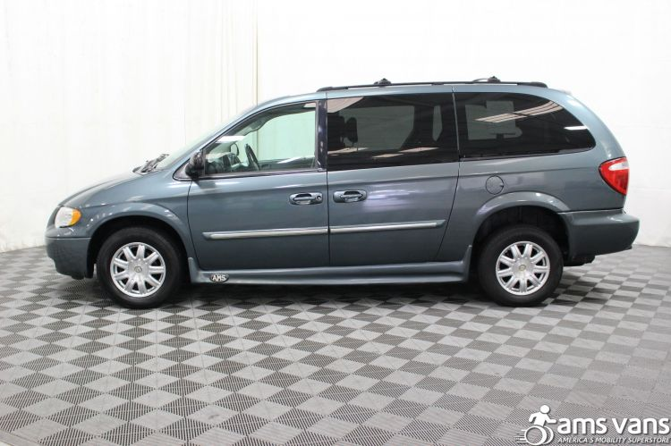 2005 Chrysler Town and Country Touring Wheelchair Van For Sale #6