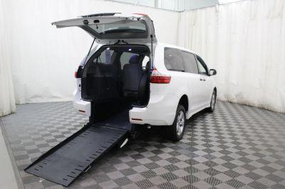 Commercial Wheelchair Vans for Sale - 2019 Toyota Sienna L ADA Compliant Vehicle VIN: 5TDZZ3DC3KS995585