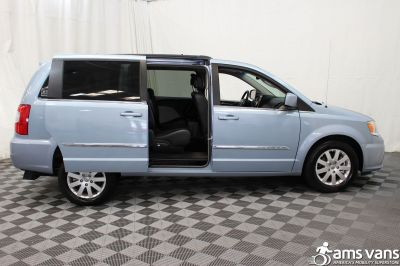 2013 Chrysler Town and Country Wheelchair Van For Sale -- Thumb #7