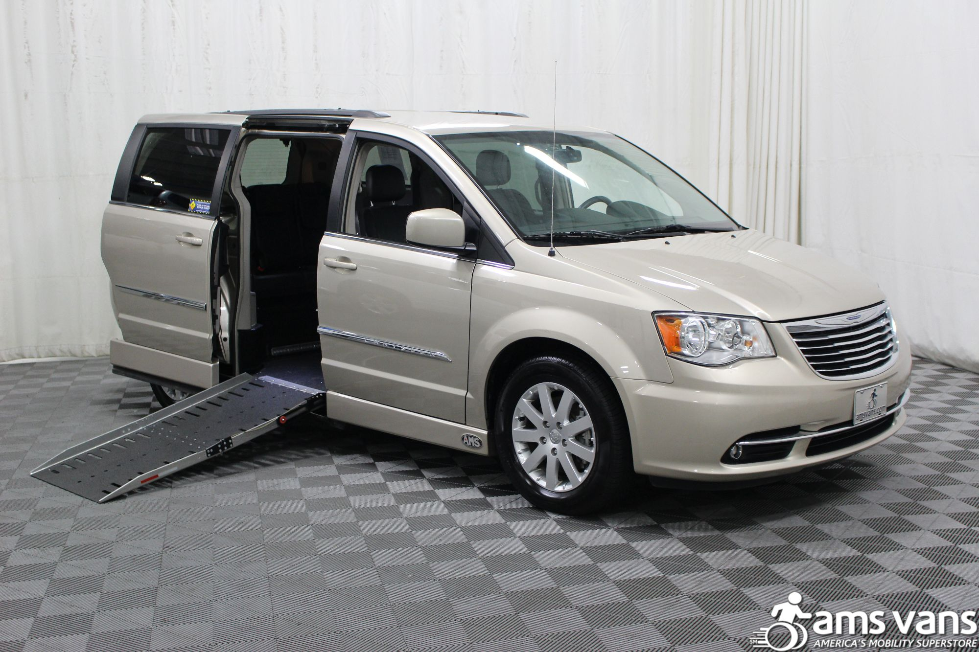 2015 Chrysler Town and Country Wheelchair Van For Sale $35 999