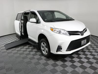 New Wheelchair Van for Sale - 2019 Toyota Sienna LE Standard Wheelchair Accessible Van VIN: 5TDKZ3DC3KS996513