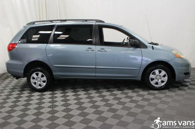 2007 Toyota Sienna Wheelchair Van For Sale -- Thumb #8