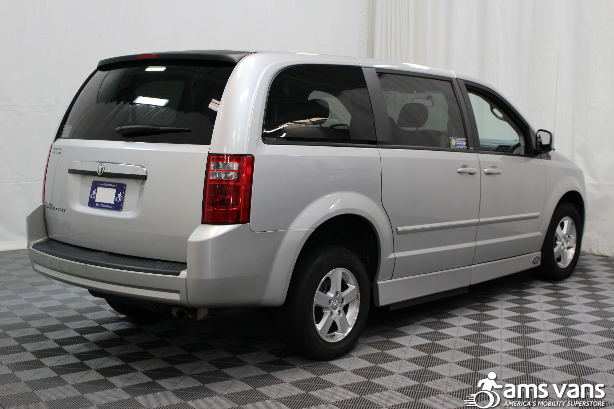 2008 Dodge Grand Caravan SXT Wheelchair Van For Sale #13