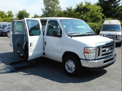 WHITE Ford E-350 with Side Entry   ramp