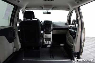 2013 Dodge Grand Caravan Wheelchair Van For Sale -- Thumb #6