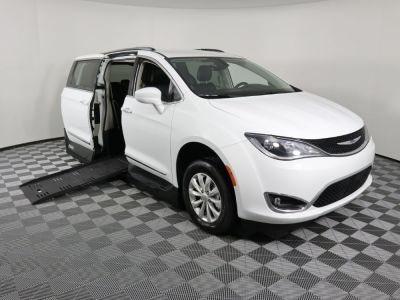 New Wheelchair Van for Sale - 2019 Chrysler Pacifica Touring L Wheelchair Accessible Van VIN: 2C4RC1BGXKR626680