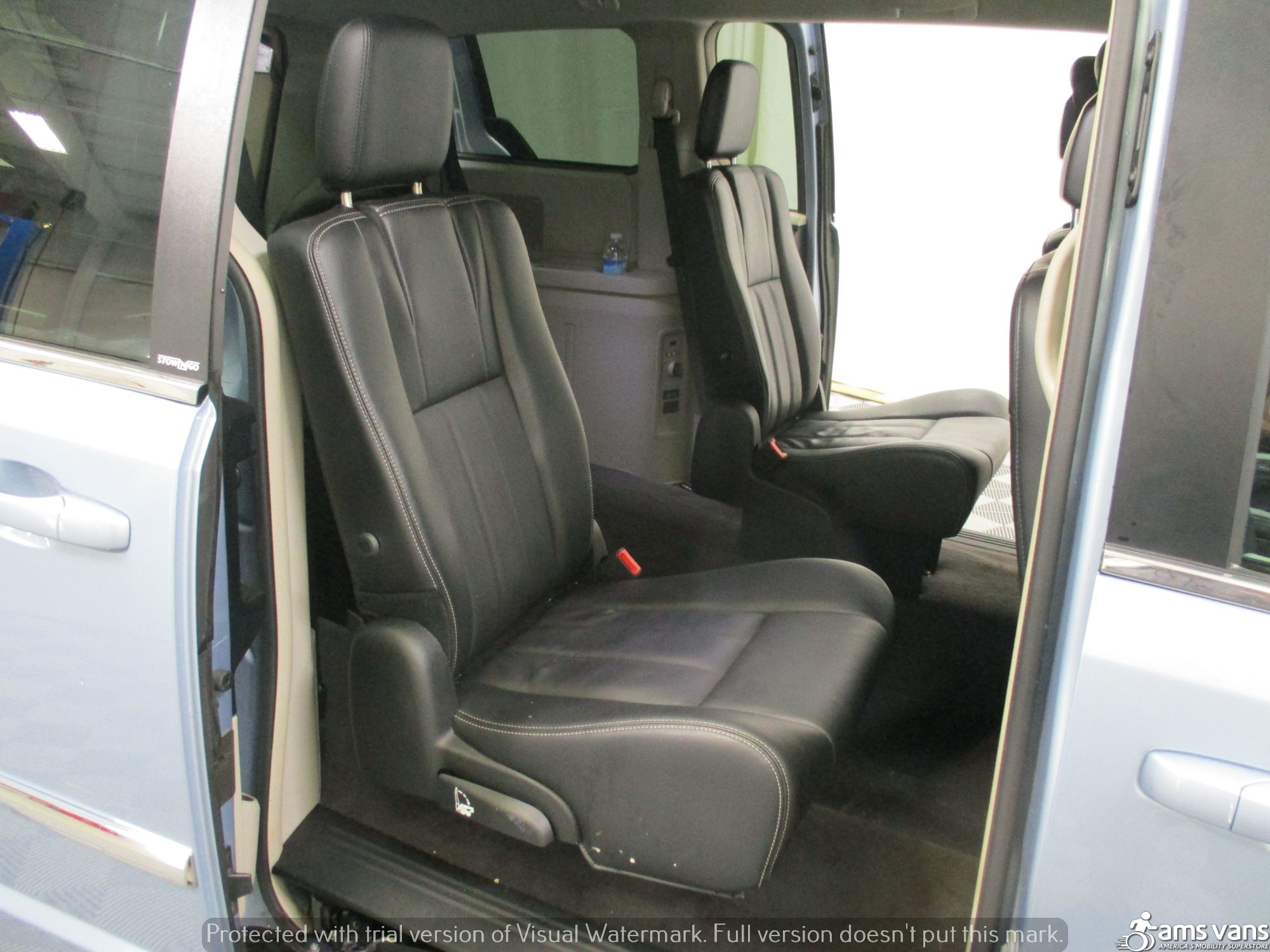 2013 Chrysler Town and Country Wheelchair Van For Sale #7