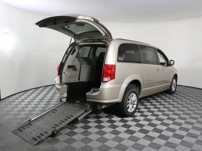 Commercial Wheelchair Vans for Sale - 2015 Dodge Grand Caravan SXT ADA Compliant Vehicle VIN: 2C4RDGCG3FR586091