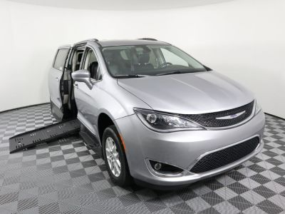 New Wheelchair Van for Sale - 2020 Chrysler Pacifica Touring L Wheelchair Accessible Van VIN: 2C4RC1BG6LR112908