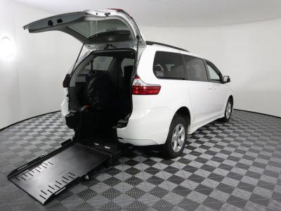 Used Wheelchair Van for Sale - 2019 Toyota Sienna LE Wheelchair Accessible Van VIN: 5TDKZ3DC0KS996517