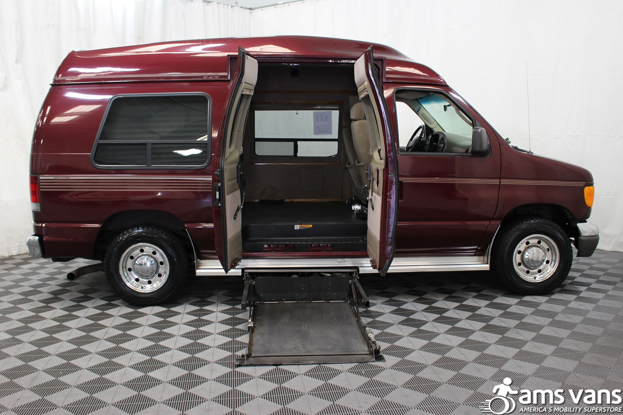 2005 Ford E-Series Chassis E-250 SD Wheelchair Van For Sale #2