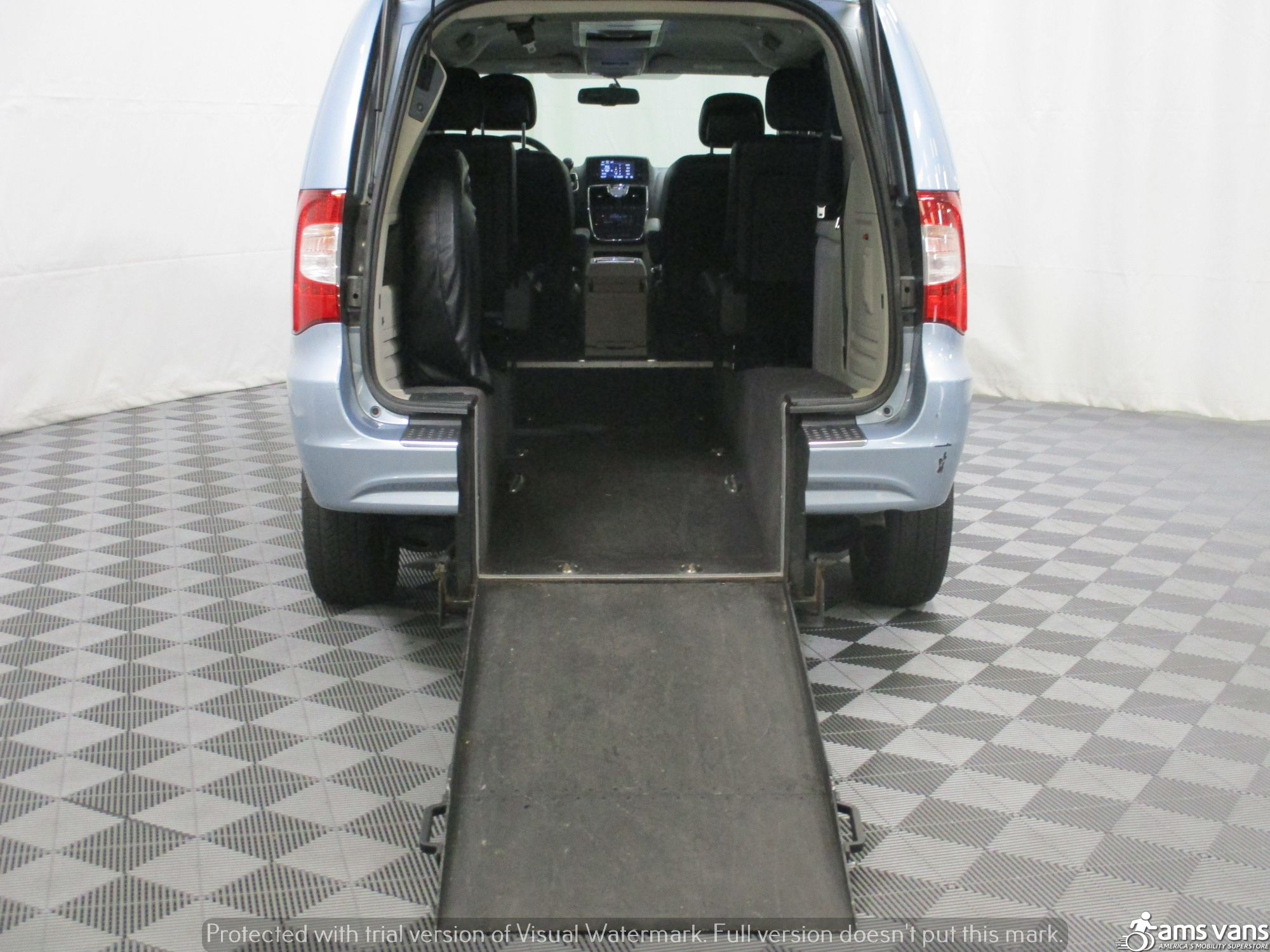 2013 Chrysler Town and Country Wheelchair Van For Sale #3