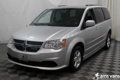 2011 Dodge Grand Caravan Wheelchair Van For Sale -- Thumb #13