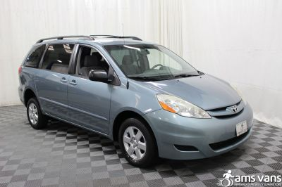 2006 Toyota Sienna Wheelchair Van For Sale -- Thumb #9