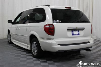 2005 Chrysler Town and Country Wheelchair Van For Sale -- Thumb #14