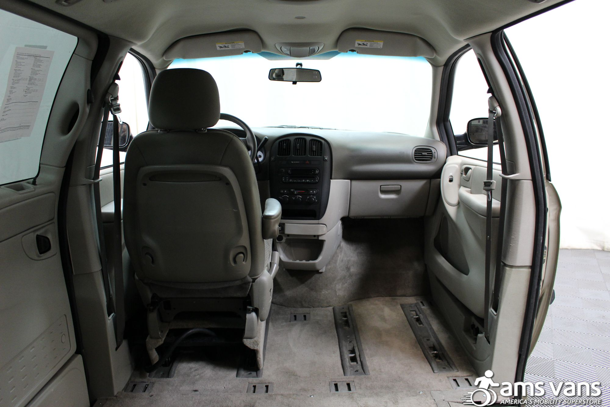 2007 Dodge Grand Caravan SE Wheelchair Van For Sale #7
