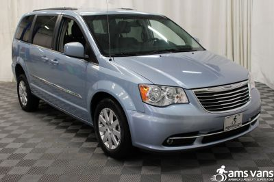 2013 Chrysler Town and Country Wheelchair Van For Sale -- Thumb #9