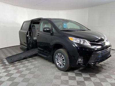 New Wheelchair Van for Sale - 2020 Toyota Sienna XLE Wheelchair Accessible Van VIN: 5TDYZ3DCXLS082402