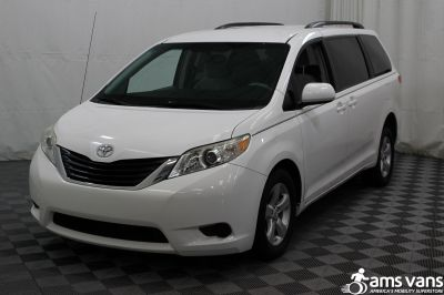 2011 Toyota Sienna Wheelchair Van For Sale -- Thumb #14