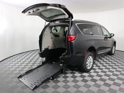 Commercial Wheelchair Vans for Sale - 2020 Chrysler Pacifica Touring L ADA Compliant Vehicle VIN: 2C4RC1BG3LR131884