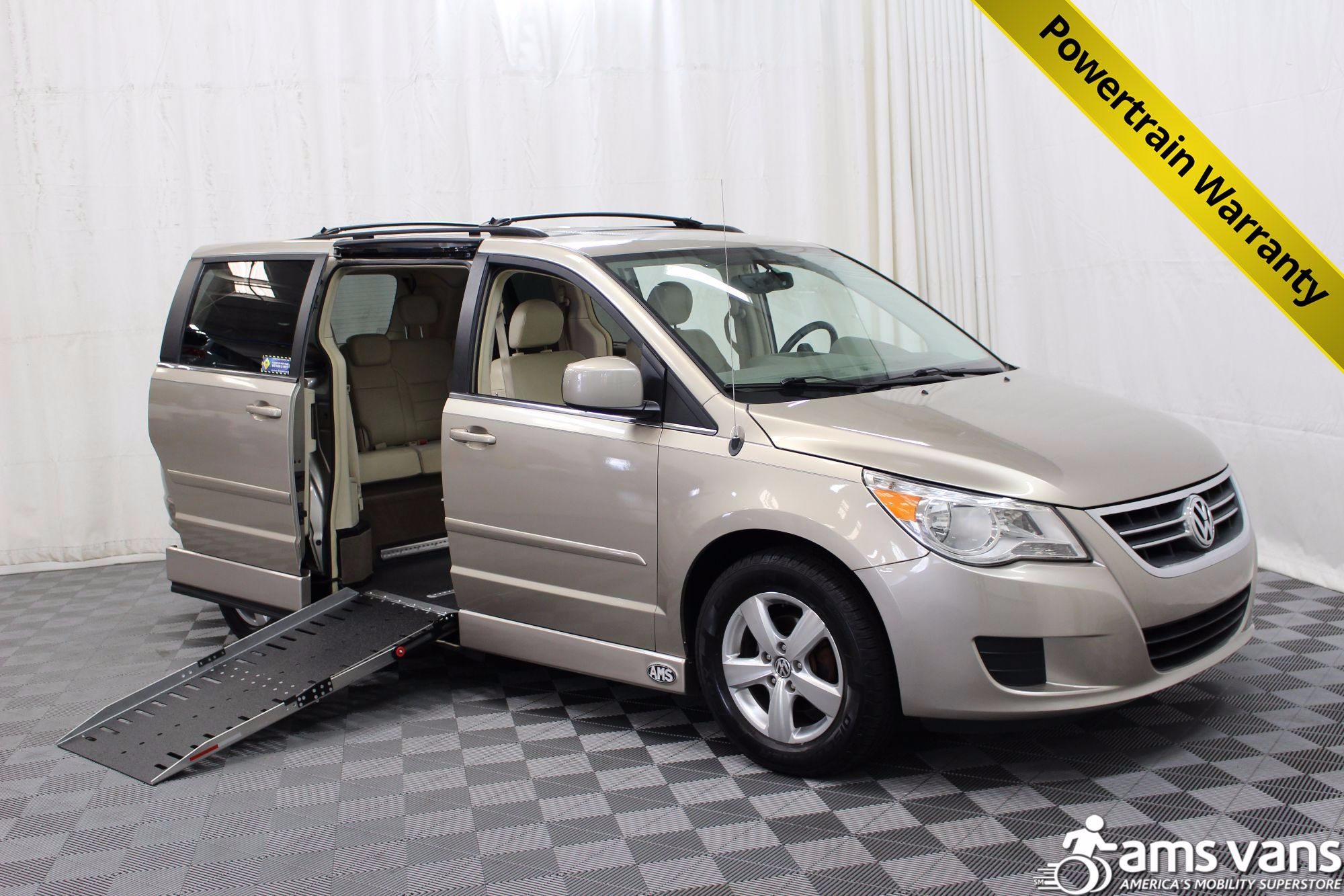 2009 Volkswagen Routan SEL Wheelchair Van For Sale #1