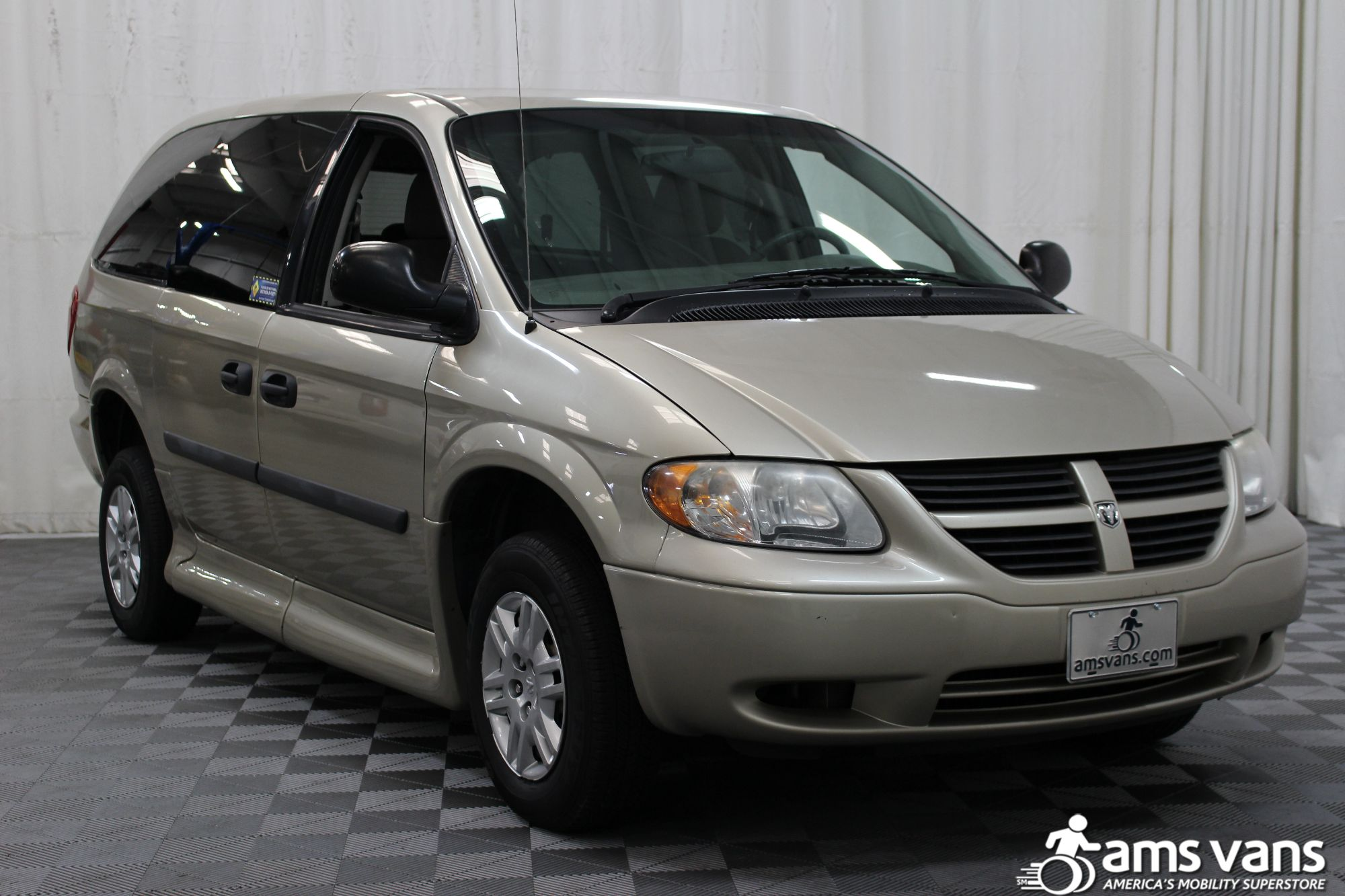 2007 Dodge Grand Caravan SE Wheelchair Van For Sale #11