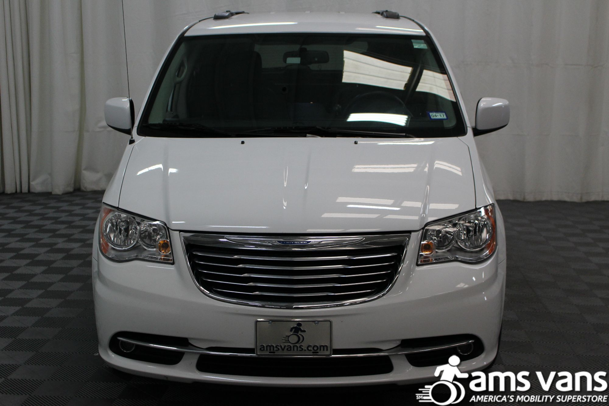 2014 Chrysler Town and Country Touring Wheelchair Van For Sale #17