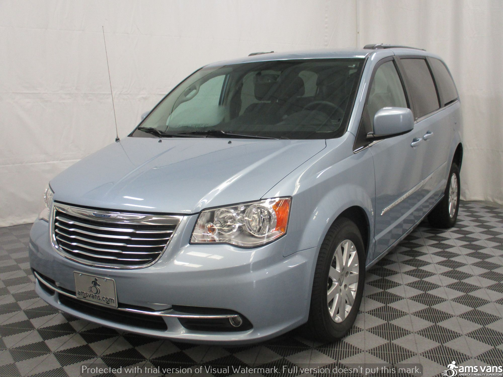 2013 Chrysler Town and Country Wheelchair Van For Sale #14