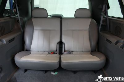 2004 Chrysler Town and Country Wheelchair Van For Sale -- Thumb #12