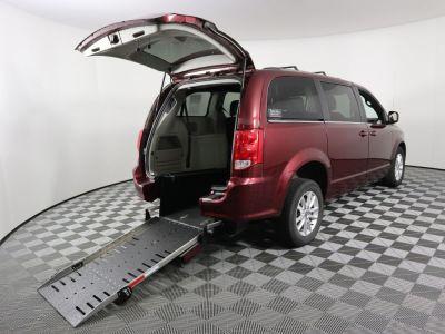 Commercial Wheelchair Vans for Sale - 2019 Dodge Grand Caravan SXT ADA Compliant Vehicle VIN: 2C4RDGCG9KR750339